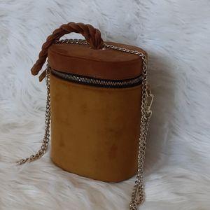 🌞Mustard yellow velvet handbag
